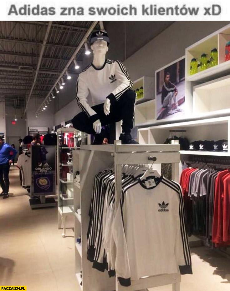 Adidas zna swoich klientów manekin typowy Seba słowiański przykuc