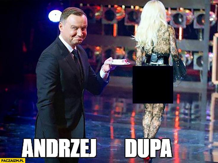 Andrzej Duda dupa Doda wręcza tort prezydentowi