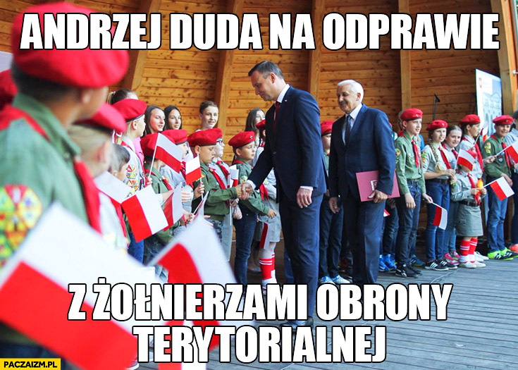 Andrzej Duda na odprawie z żołnierzami obrony terytorialnej dzieci