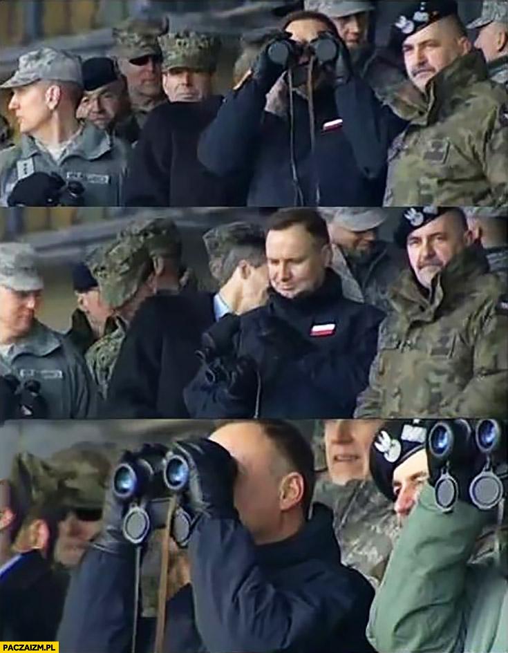 Andrzej Duda patrzy przez zasłoniętą lornetkę fail