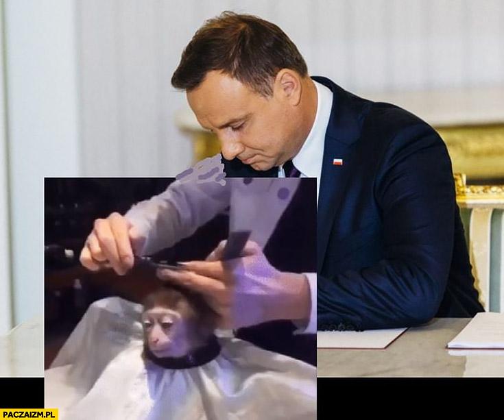 Andrzej Duda strzyże obcina małpkę fryzjer przeróbka