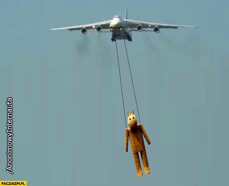 Antonow leci przywozi misia miś Anonimowy internauta