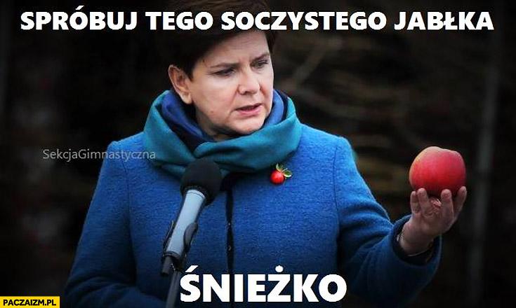 Beata Szydło spróbuj tego soczystego jabłka Śnieżko sekcja gimnastyczna