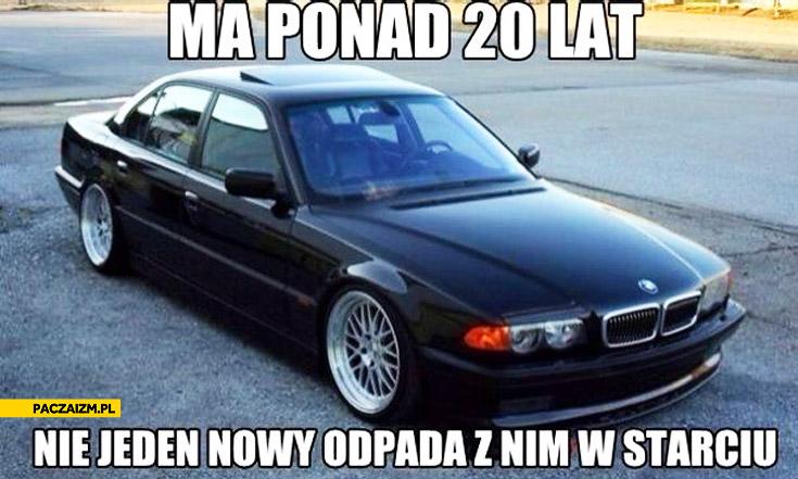 BMW 7 ma ponad 20 lat nie jeden nowy odpada z nim w starciu