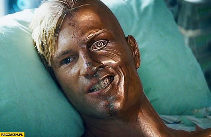 Cristiano Ronaldo dwie twarze two face przeróbka posąg rzeźba popiersie fail