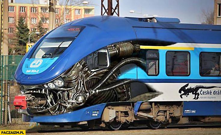 Czeski pociąg wygląda jak obcy alien predator
