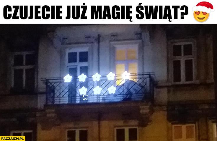 Czujecie już magię świąt? Osiem gwiazdek jechać PiS