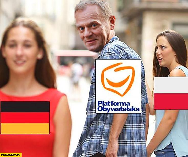 Donald Tusk ogląda się za Niemką Polka zszokowana