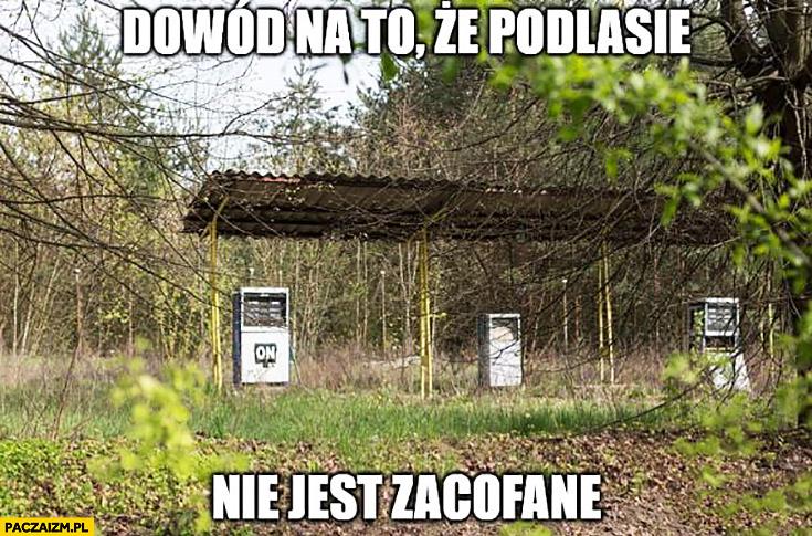 Dowód na to, że Podlasie nie jest zacofane opuszczona stacja benzynowa