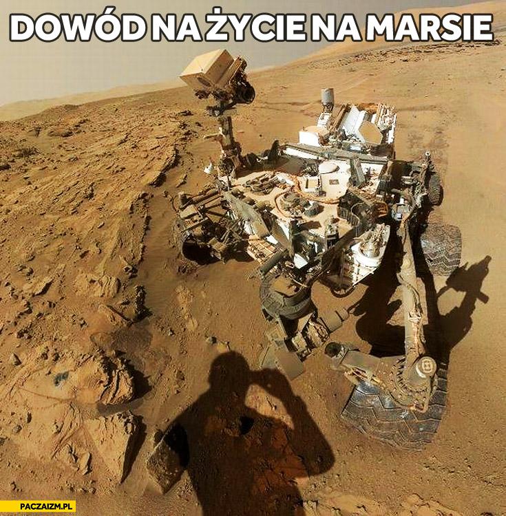 Dowód na życie na marsie