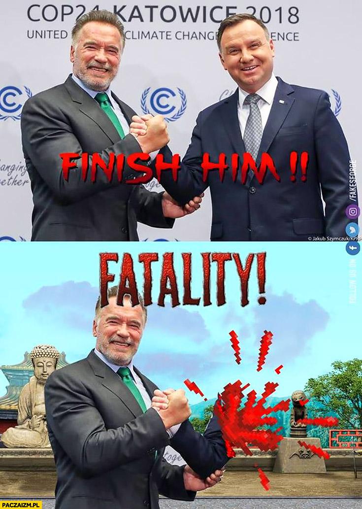 Duda Schwarzenegger uścisk dłoni finish him fatality Mortal Kombat