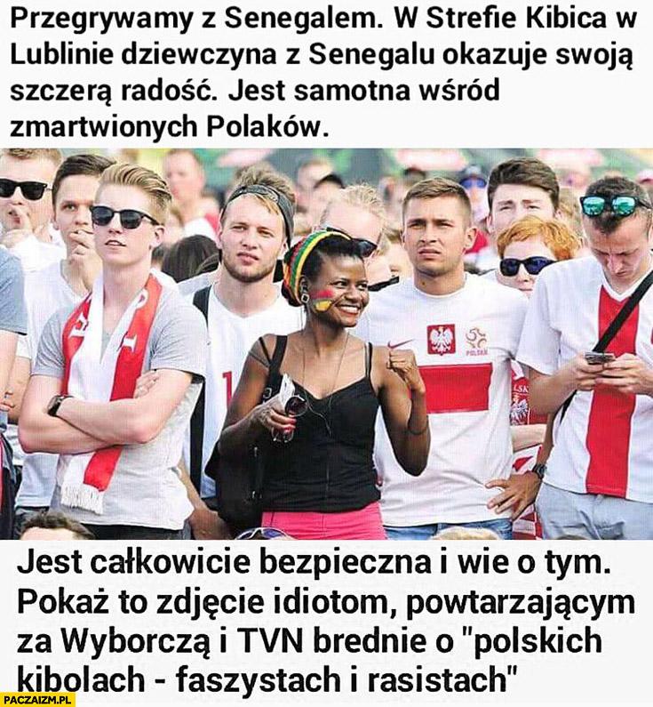 Dziewczyna z Senegalu w strefie kibica w Lublinie. Jest całkowicie bezpieczna i wie o tym, pokaż to zdjęcie powtarzającym o polskich kibolach faszystach i rasistach
