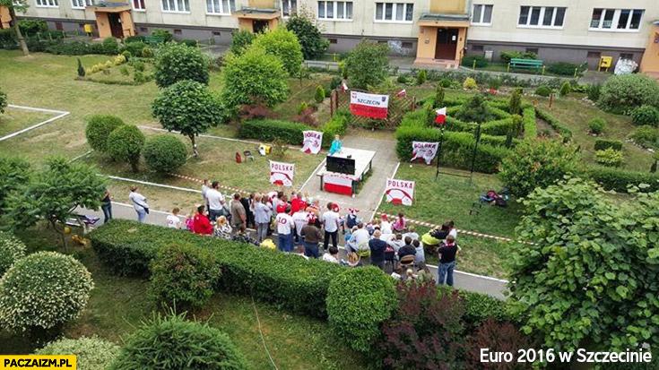 Euro 2016 w Szczecinie telewizor strefa kibica na podwórku