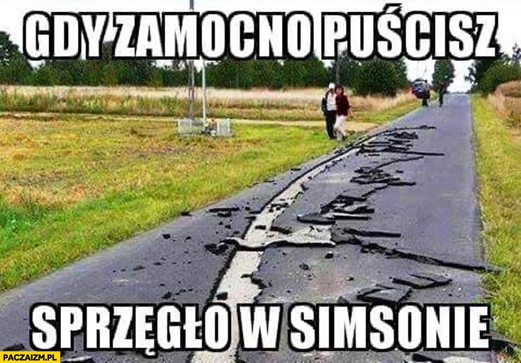 Gdy za mocno puścisz sprzęgło w Simsonie zrywa asfalt