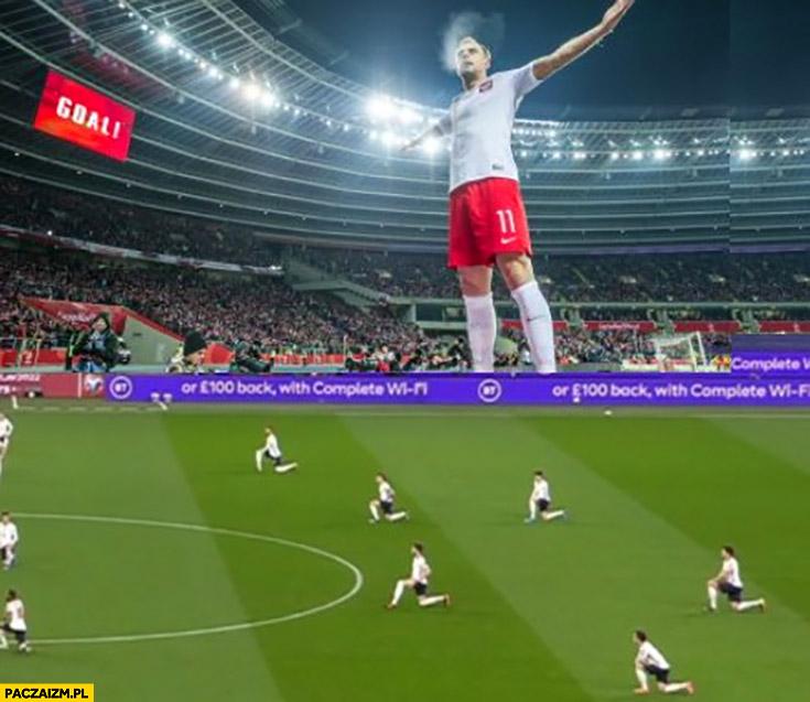 Grosik Grosicki celebruje Anglicy klękają