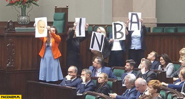Inba Jachira w sejmie papież