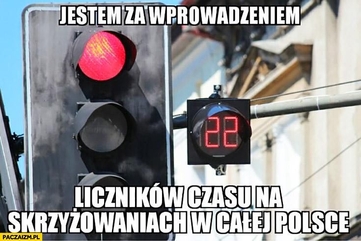 Jestem za wprowadzeniem liczników czasu na skrzyżowaniach w całej Polsce