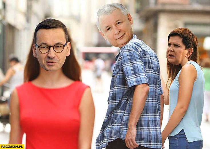Kaczyński nie chce Szydło, ogląda się za Morawieckim dziewczyna w czerwonej sukience