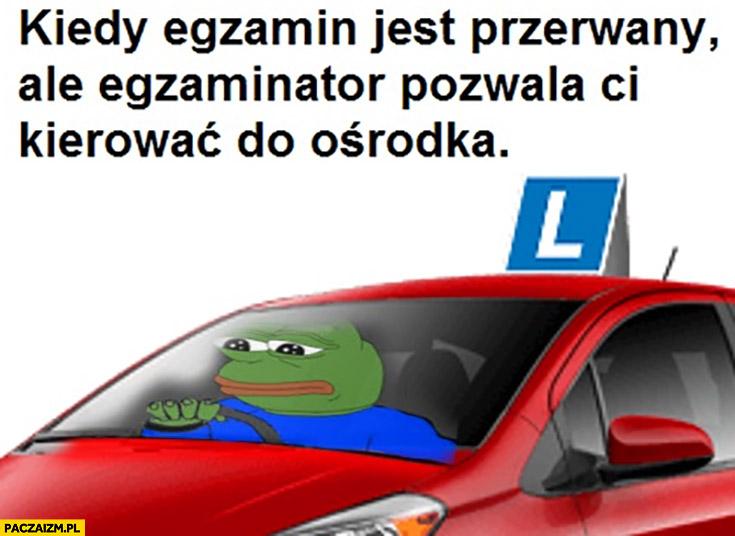 Kiedy egzamin na prawo jazdy jest przerwany ale egzaminator pozwala ci kierować do ośrodka