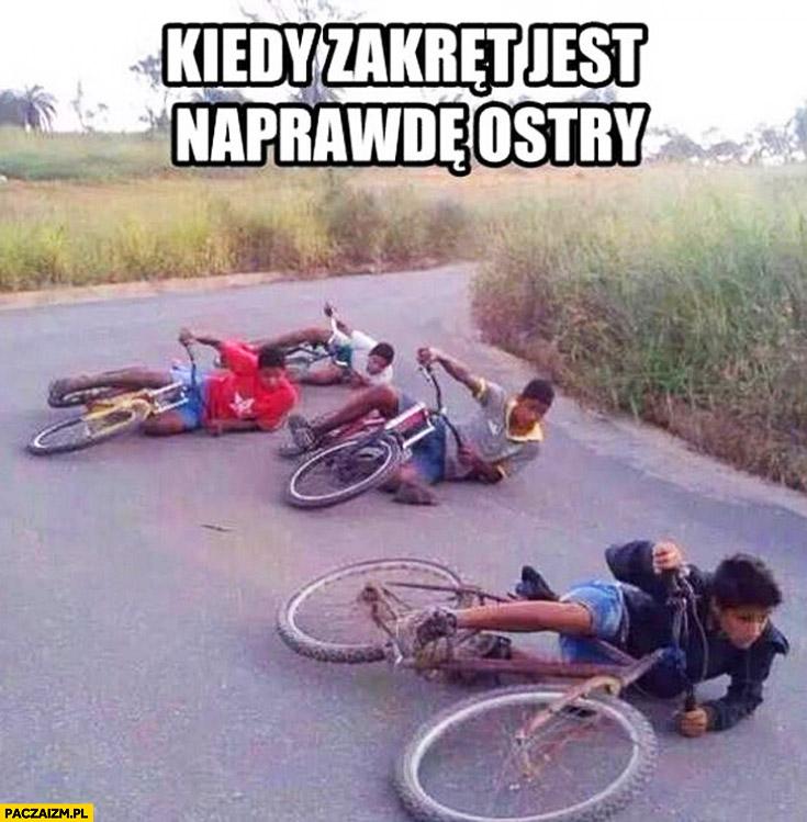 Kiedy zakręt jest naprawdę ostry cygańskie dzieci na rowerach