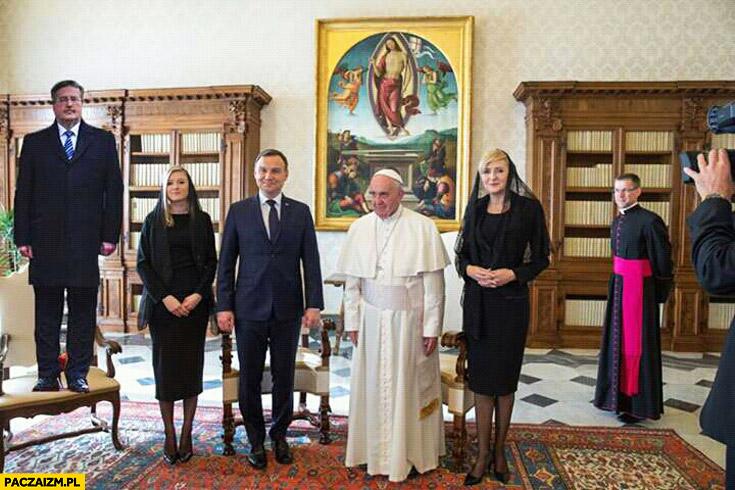 Komorowski na krześle wizyta u Papieża Franciszka Duda