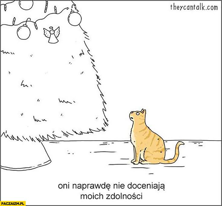 Kot choinka dekoracje bombki zawieszone wyżej oni naprawdę nie doceniają moich zdolności