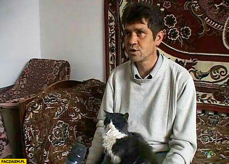 Kot z papierosem w Rosji wywiad telewizyjny udziela wywiadu
