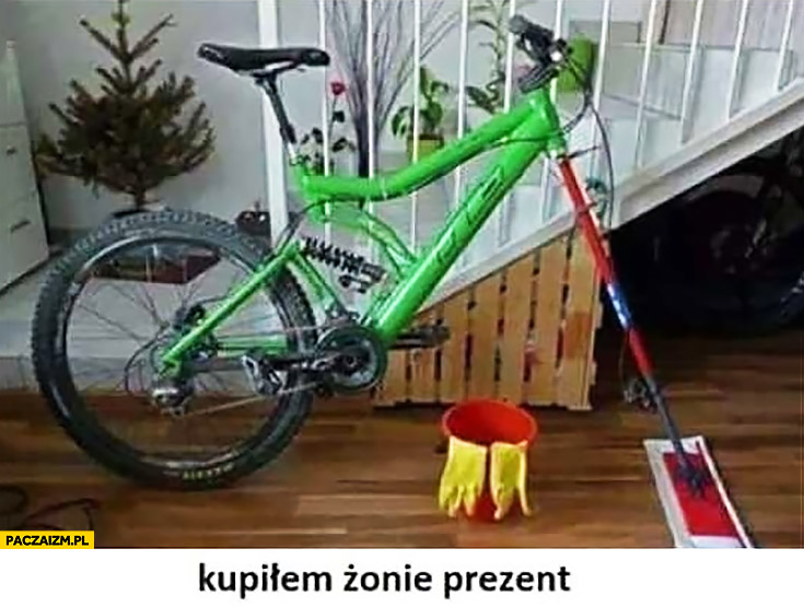 Kupiłem żonie prezent rower z mopem do mycia podłóg