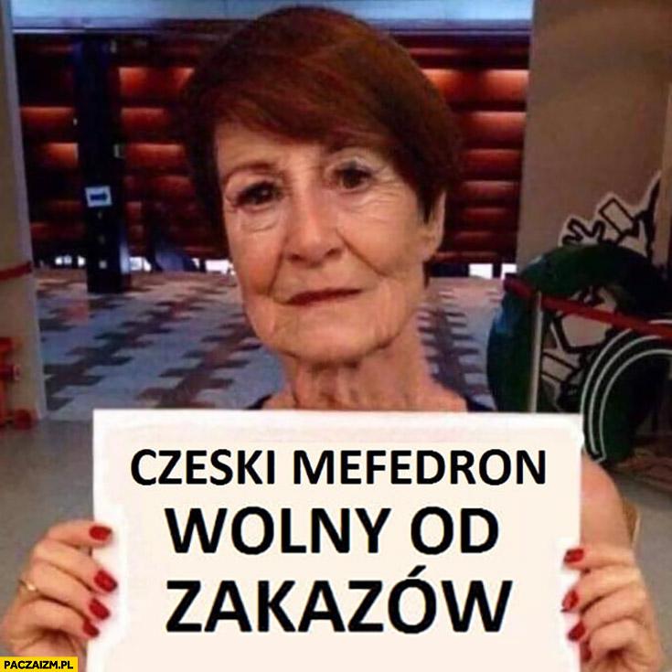 Maja Ostaszewska Czeski mefedron wolny od zakazów kartka napis stara postarzona