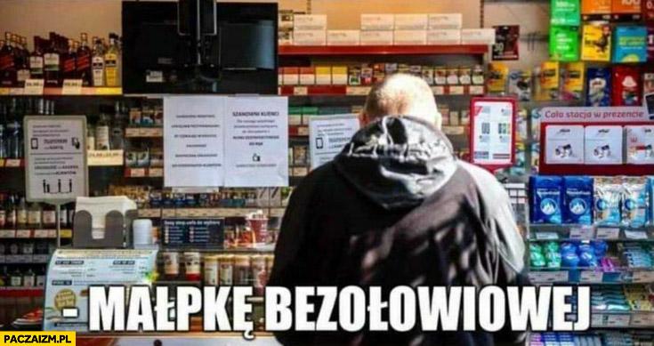 Małpkę bezolowiowej poproszę zakupy benzyny