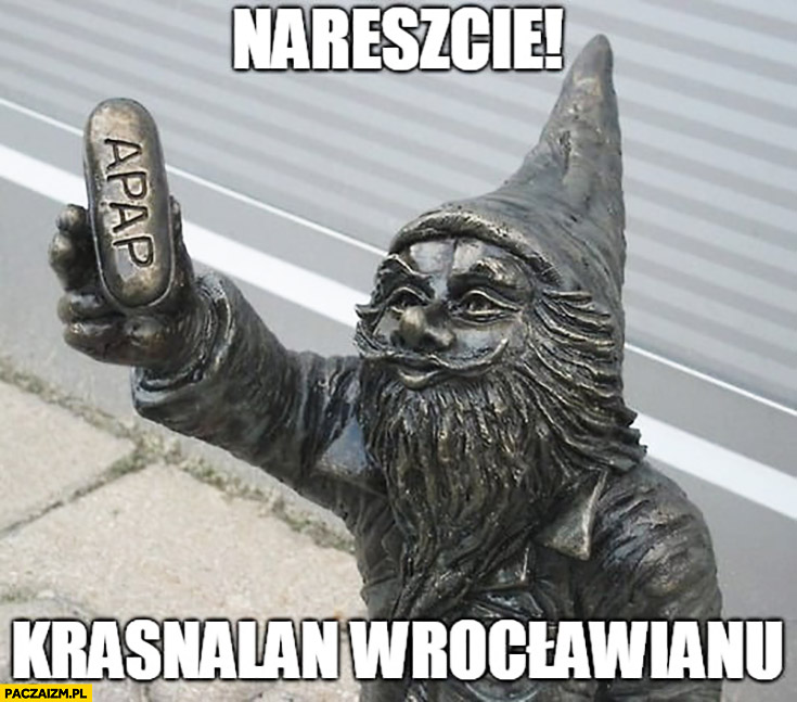 Nareszcie krasnalan Wrocławianu figurka krasnala z tabletka w ręce