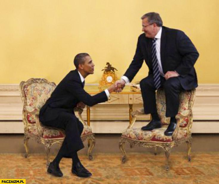 Obama Komorowski nad fotelem