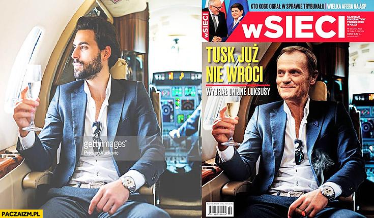 """Okładka """"W Sieci"""": Tusk już nie wróci, wybrał unijne luksusy zdjęcie stockowe"""