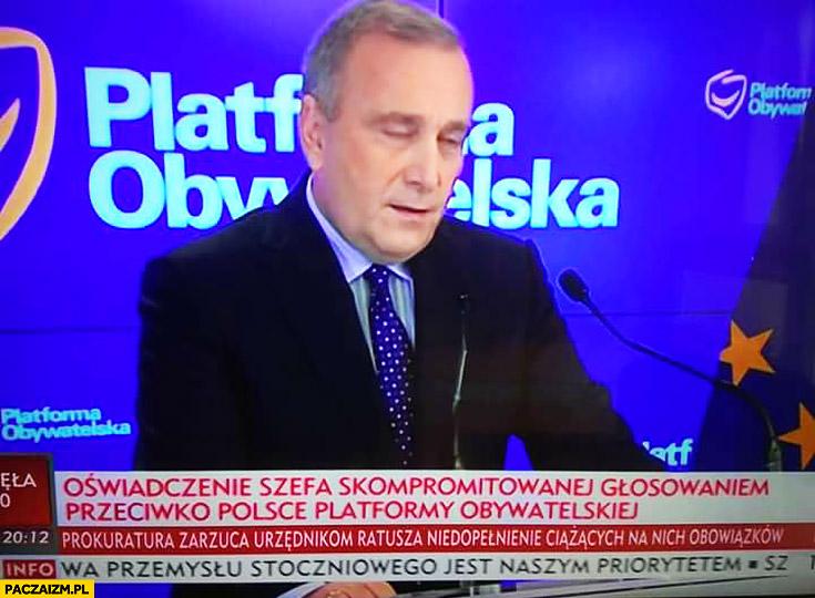 Oświadczenie szefa skompromitowanej głosowaniem przeciwko Polsce Platformy Obywatelskiej pasek TVP Info Schetyna