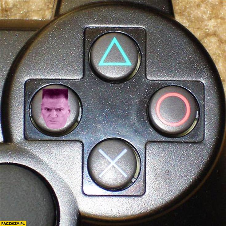 Pad PlayStation głowa Rutkowskiego zamiast kwadratu
