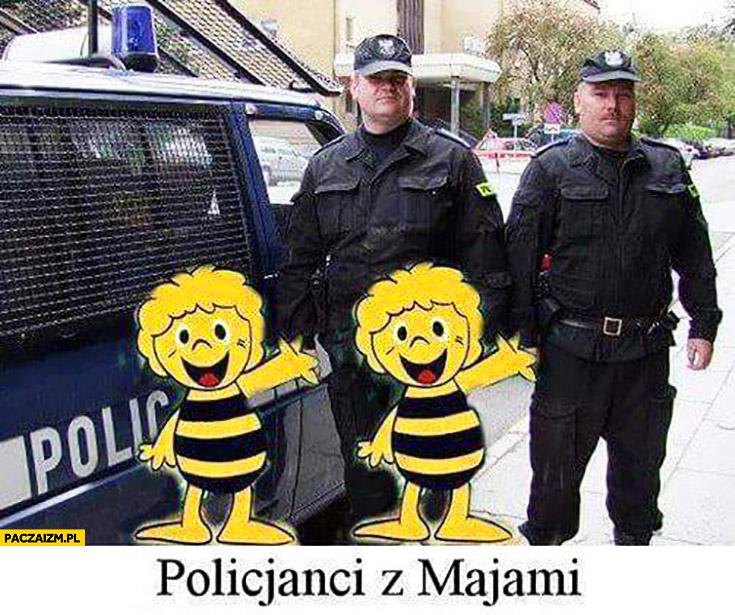 Policjanci z majami pszczółka maja
