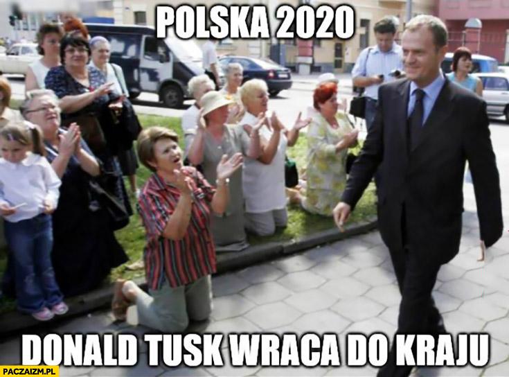 Polska 2020 Donald Tusk wraca do kraju ludzie klękają