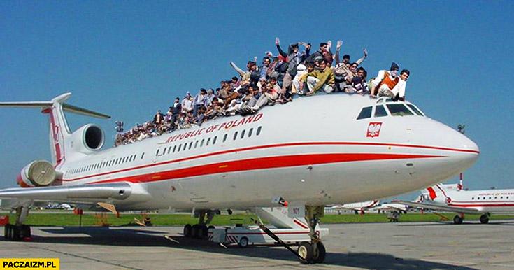Polski rząd wraca samolotem z delegacji jak w Indiach