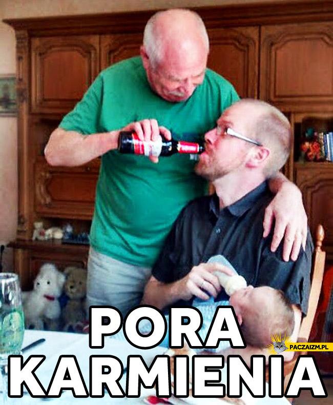 Pora karmienia dziadek ojciec syn