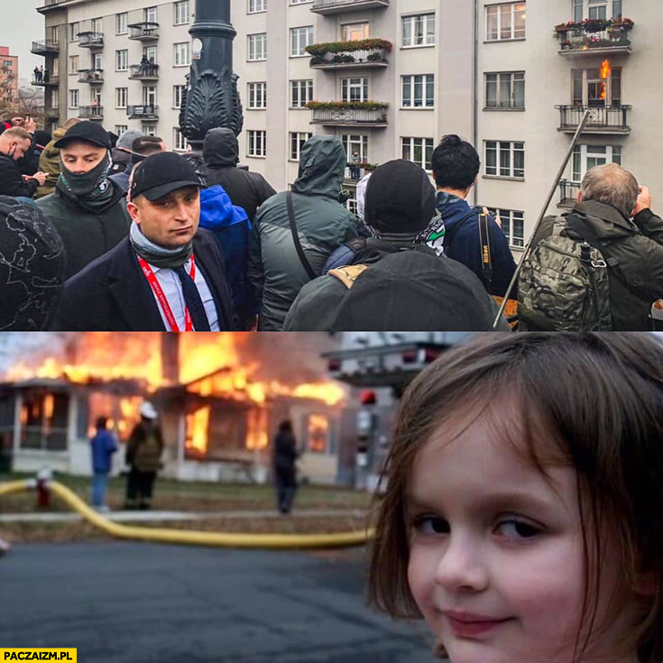 Robert Bąkiewicz na tle palącego się mieszkania jak dziewczynka na tle palącego się domu