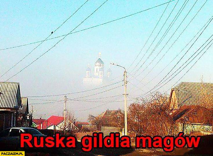 Ruska gildia magów w chmurach