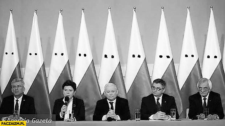 Rząd PiS flagi polski ku klux klan