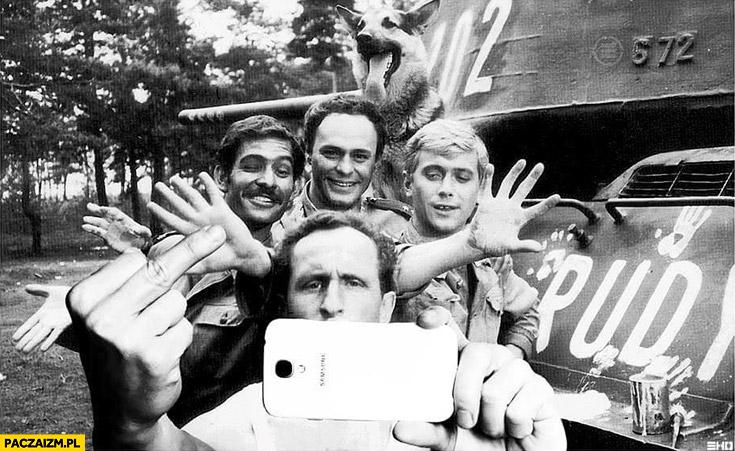 Selfie 4 Pancerni i pies Rudy 102
