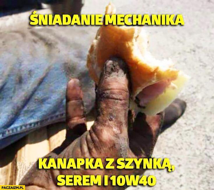 Śniadanie mechanika: kanapka z szynką, serem i olejem 10W40