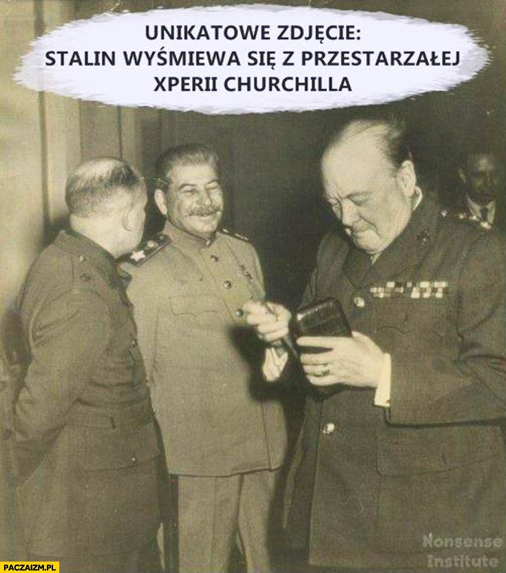 Stalin naśmiewa się z przestarzałej xperii Churchila