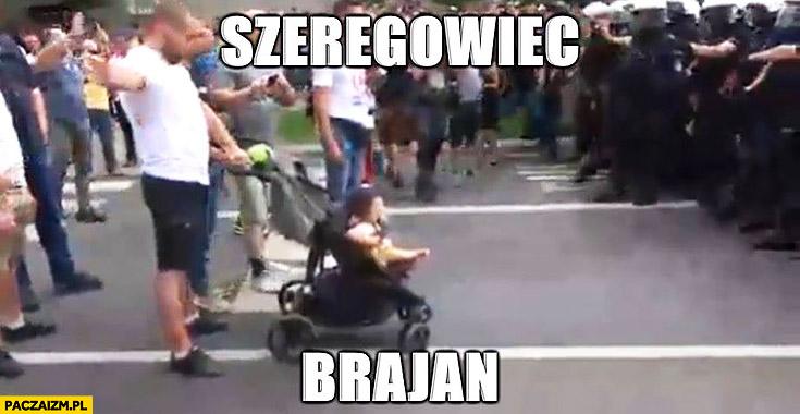 Szeregowiec Brajan dziecko z przodu marsz równości Białystok