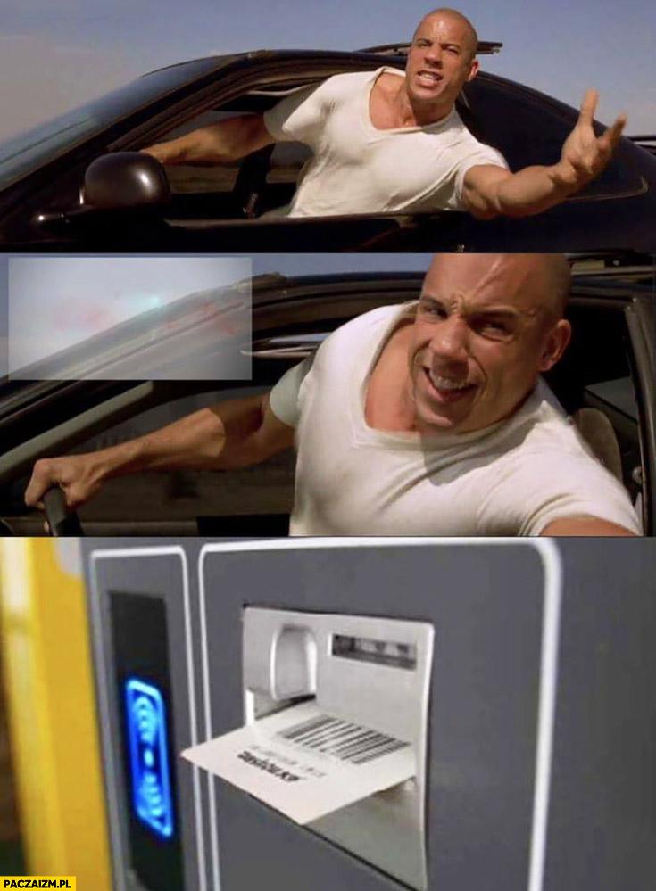 Szybcy i wściekli próbuje sięgnąć bilet parkingowy