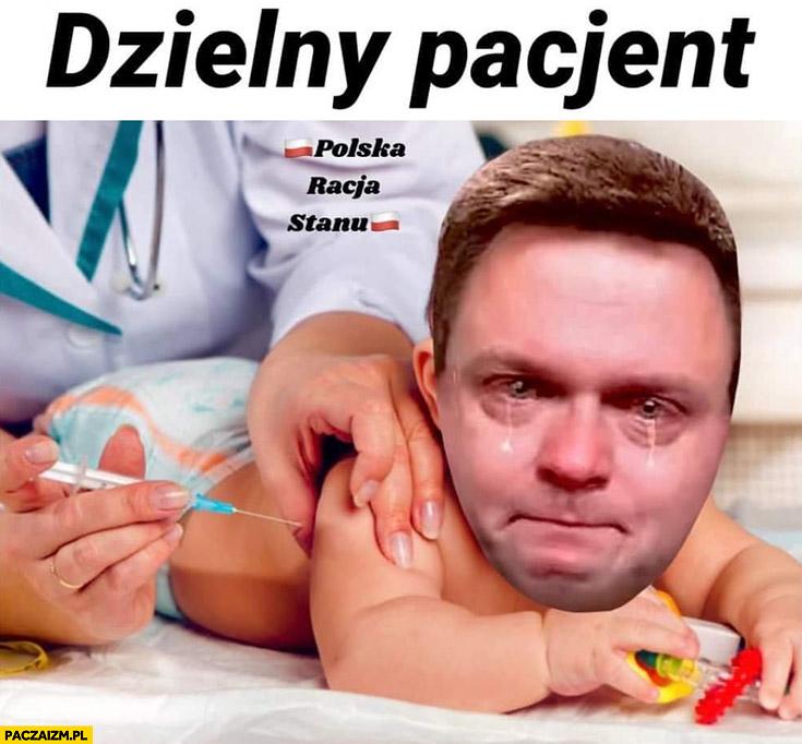 Szymon Hołownia dzielny pacjent przeróbka szczepienia dziecko niemowlę płacze
