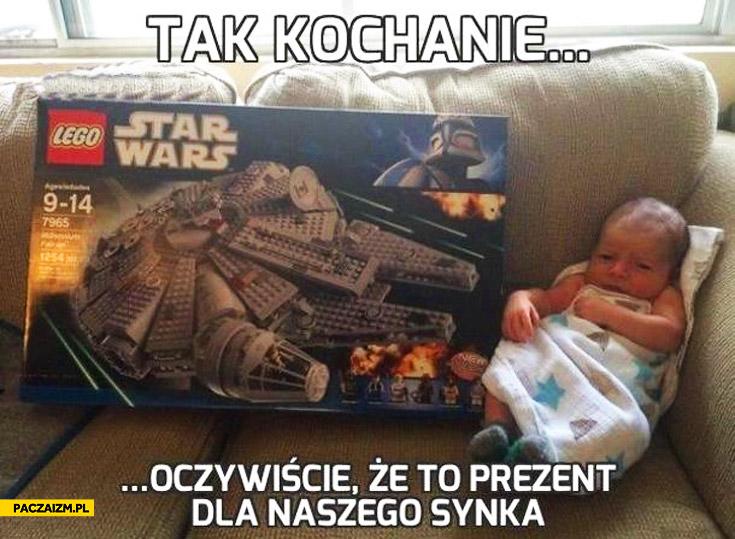 Tak kochanie oczywiście że to prezent dla synka LEGO Star Wars Sokół Millenium