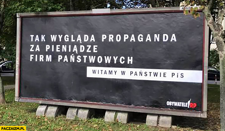 Tak wygląda propaganda za pieniądze firm państwowych witamy w państwie PiS billboard sprawiedliwe sądy
